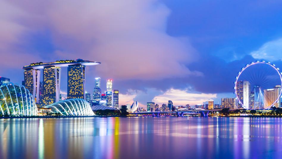 סינגפור-קו הרקיע של העיר. עושה חשק לבקר. צילום Depositphotos