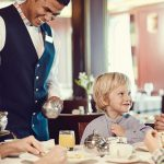 """P&O Cruises : הסוף לעידן """"דמי השירות"""" בחופשות הקרוזים"""