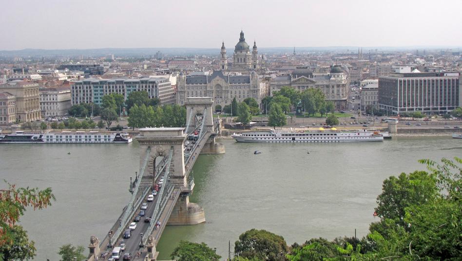 בודפשט: יעד יציאה פופולארי לספינות שיט נהרות. צילום עוזי בכר