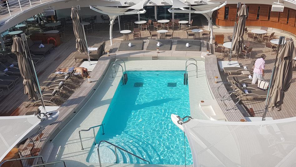 סיבורן אוביישן: סיפון הבריכה. צילום עוזי בכר