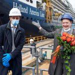 הולנד אמריקה ליין חגגה את טקס הטמעת המטבע באונייה רוטרדם