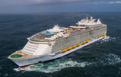 היכן פרושות כעת 10 האוניות הגדולות בעולם
