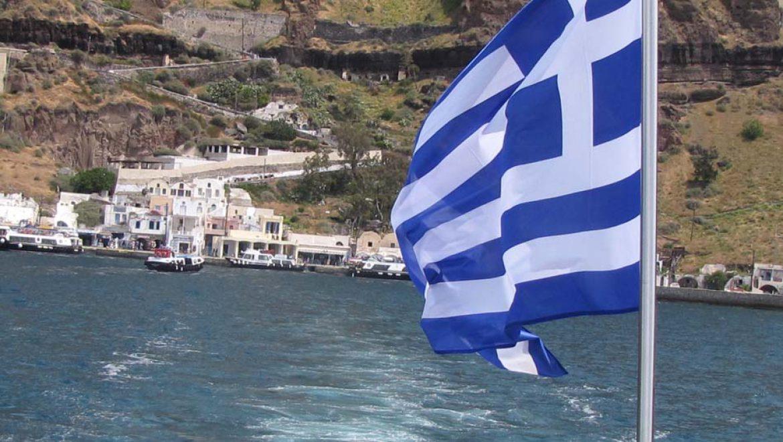 יוון פתחה מחדש שישה נמלים לאוניות קרוזים