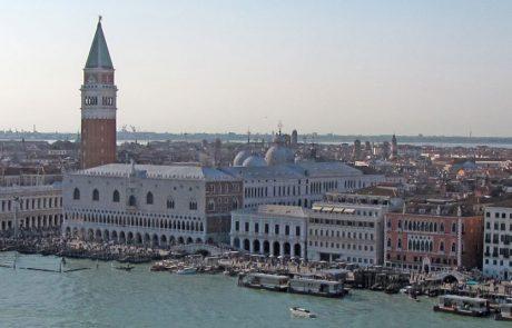 ממשלת איטליה אוסרת מעבר אוניות קרוזים במרכז העיר ונציה