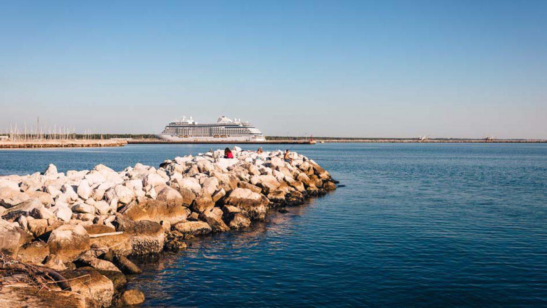 קבוצת רויאל קריביאן תבנה טרמינל קרוזים בנמל רוונה שבאיטליה